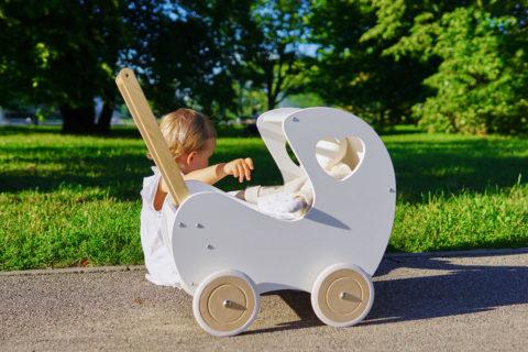 Drewniane mebelki nie tylko dla lal