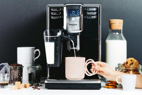 Kawa z mleczną pianką